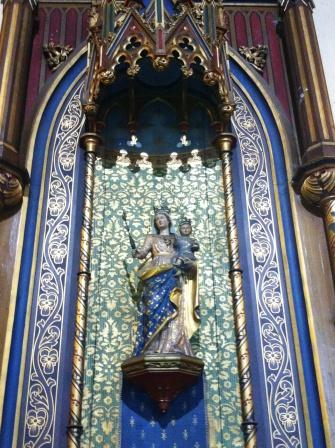chapellesandco_statuenddassistance_eglisestfrancoisdassise